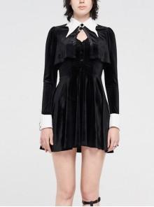 White Bat Shape Collar Moon Pendant Chest Hollow-Out Fake Two Pieces Small Cloak Black Gothic Velvet Dress