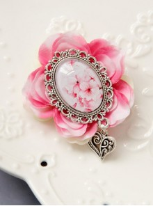 Vintage Gothic Creative Peach Blossom Brooch Heart-Shaped Corsage Brooch Fashion And Popular Fine Small Accessories