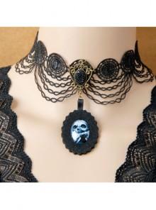 Retro Fashion Gothic Halloween Skull Pendant Black Lace Exaggerated Female Clavicle Necklace