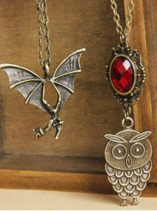 Retro Bronze Bat Pendant Gothic Long Necklace
