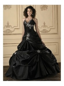 Gothic Ball Gown Black Embroidery Wedding Dress