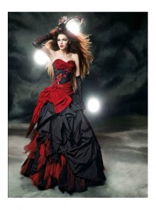Gothic Red And Black Taffeta Tulle Wedding Dress